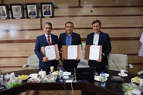 تفاهم نامه همکاری بین دو دانشگاه کردستان و سلیمانیه عراق منعقد شد