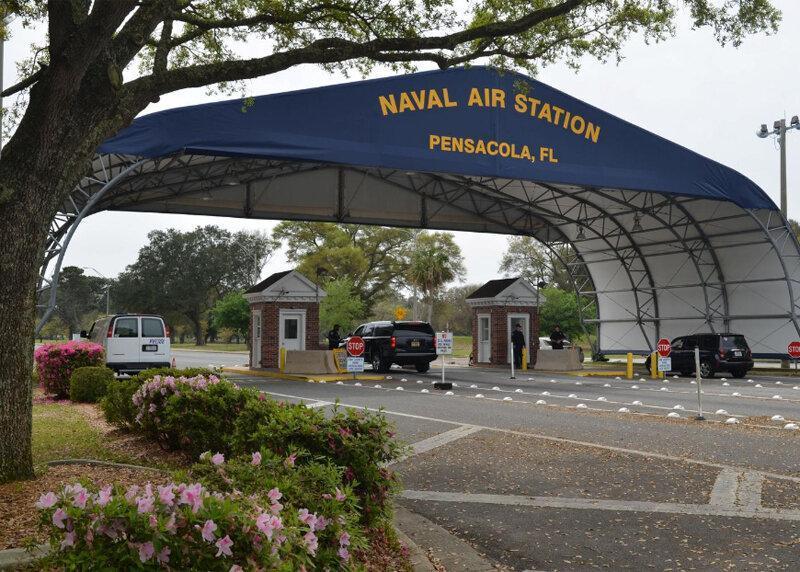 تیراندازی در پایگاه نیروی دریایی آمریکا در فلوریدا ، مهاجم اهل عربستان بود