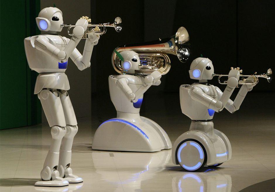 روبات های خدماتی به خانه ها می آیند