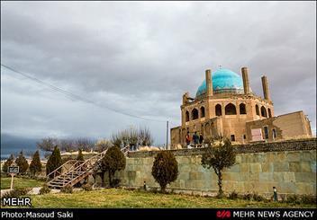 جذب گردشگران در زنجان احتیاج به کار فرهنگی دارد