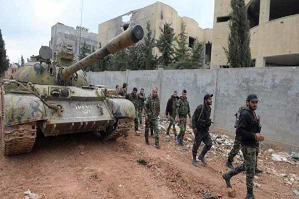کشف و ضبط مقادیر زیادی از تسلیحات تکفیری ها در حومه ادلب
