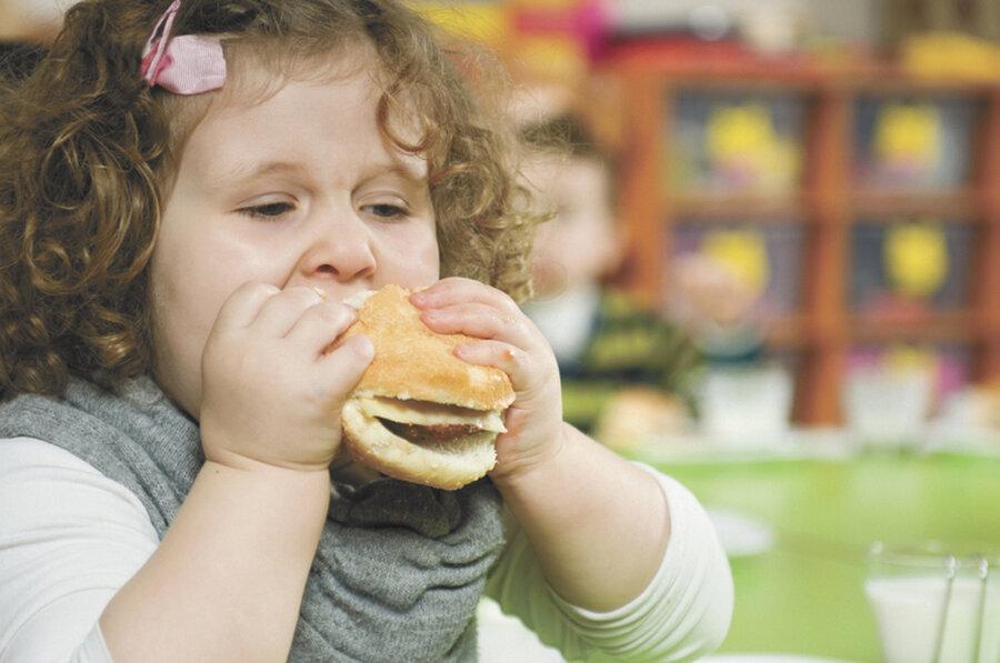 چاقی برای دختران چه خطراتی دارد؟