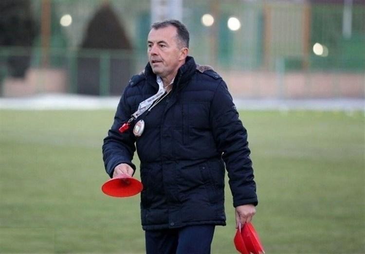 مربی تیم لیگ برتری رفت و برنگشت