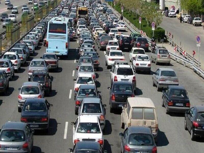 خبرنگاران ترافیک سنگین و روان در آزادراه های قزوین