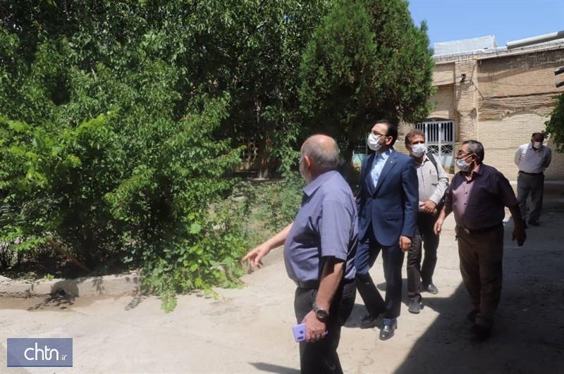عملیات بازسازی سراهای بازار تاریخی زنجان شروع می گردد